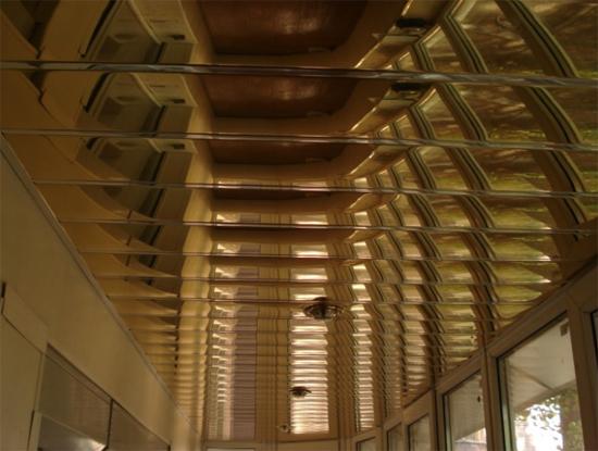 монтаж реечных подвесных потолков