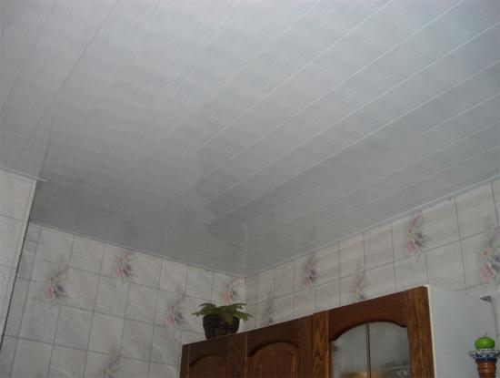 фото реечных потолков