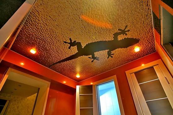 натяжные двухуровневые потолки в спальне