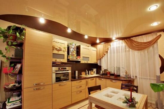 фото двухуровневые натяжные потолки на кухне