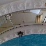 Зеркальные натяжные и подвесные потолки