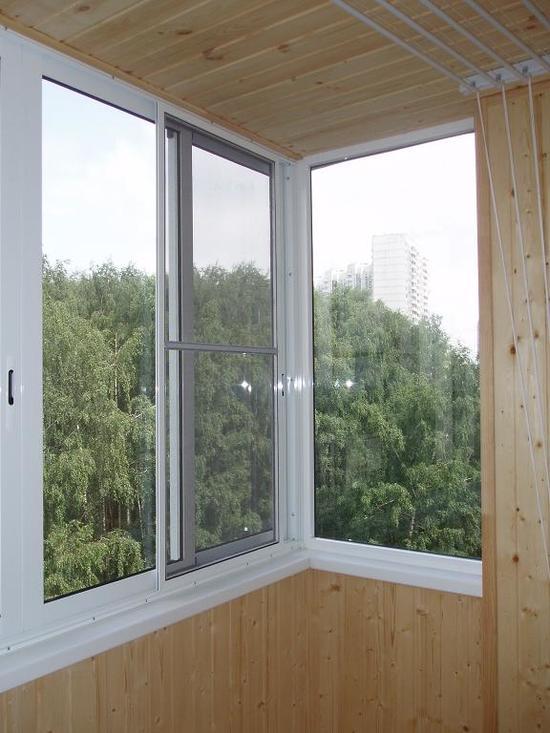 potolok-na-balkone-02