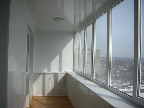 potolok-na-balkone-07