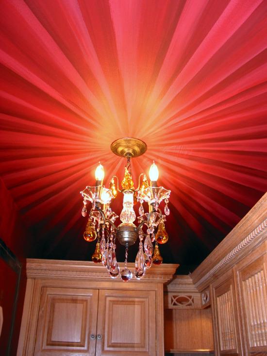 фотопечать на потолке красных оттенков