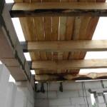 Черновой потолок в деревянном доме