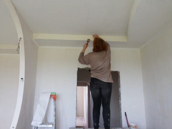 Шпаклёвка потолка под покраску своими руками фото 602