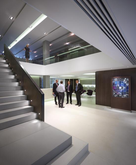 Дизайн потолков: Дизайн потолков из гипсокартона: фото для гостиной, зала