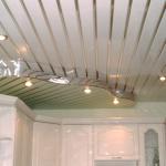 Технические характеристики и виды влагостойких потолков