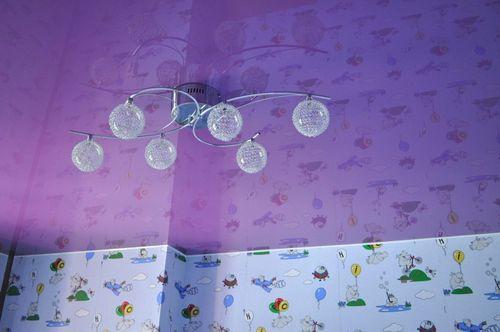 cvet-potolka-detskoj-komnaty_10