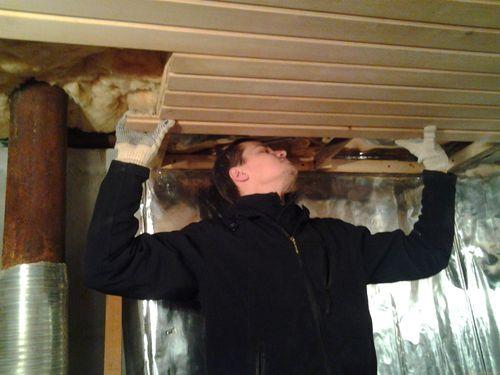Утепление потолка изнутри ватой